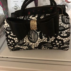 Like new Betsey Johnson purse
